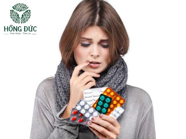 Sử dụng kháng sinh điều trị viêm lộ tuyến bừa bãi dẫn đến kháng thuốc, khó trị