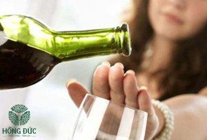 Tránh xa rượu bia